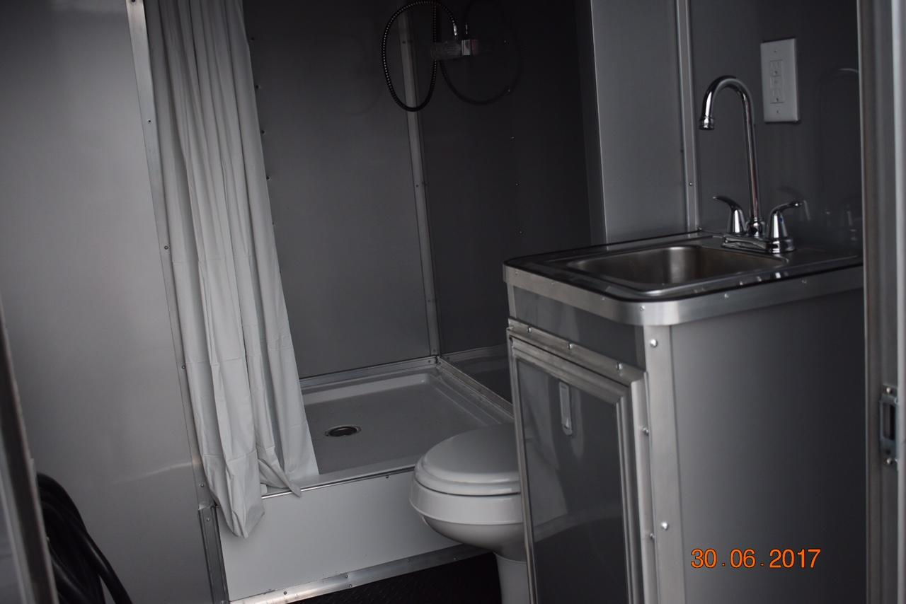 Full Bathroom W Shower And Full Water Service Package